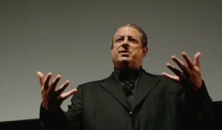 Nobel laureate Al Gore presenting his famous slide show on climate change