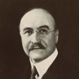 Portrait of Leo Hendrik Baekeland, early 20th century. Photograph by Underwood & Underwood Studios, New York, NY. Williams Haynes Portrait Collection, the Institute Collections.