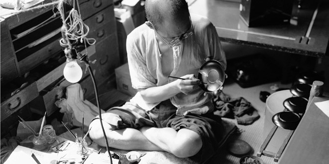A Japanese lacquer artisan working in 1948