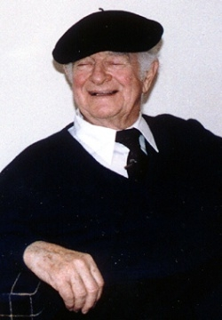 Linus Pauling during an oral history interview conducted by The Institute in 1987. The Institute Collections.