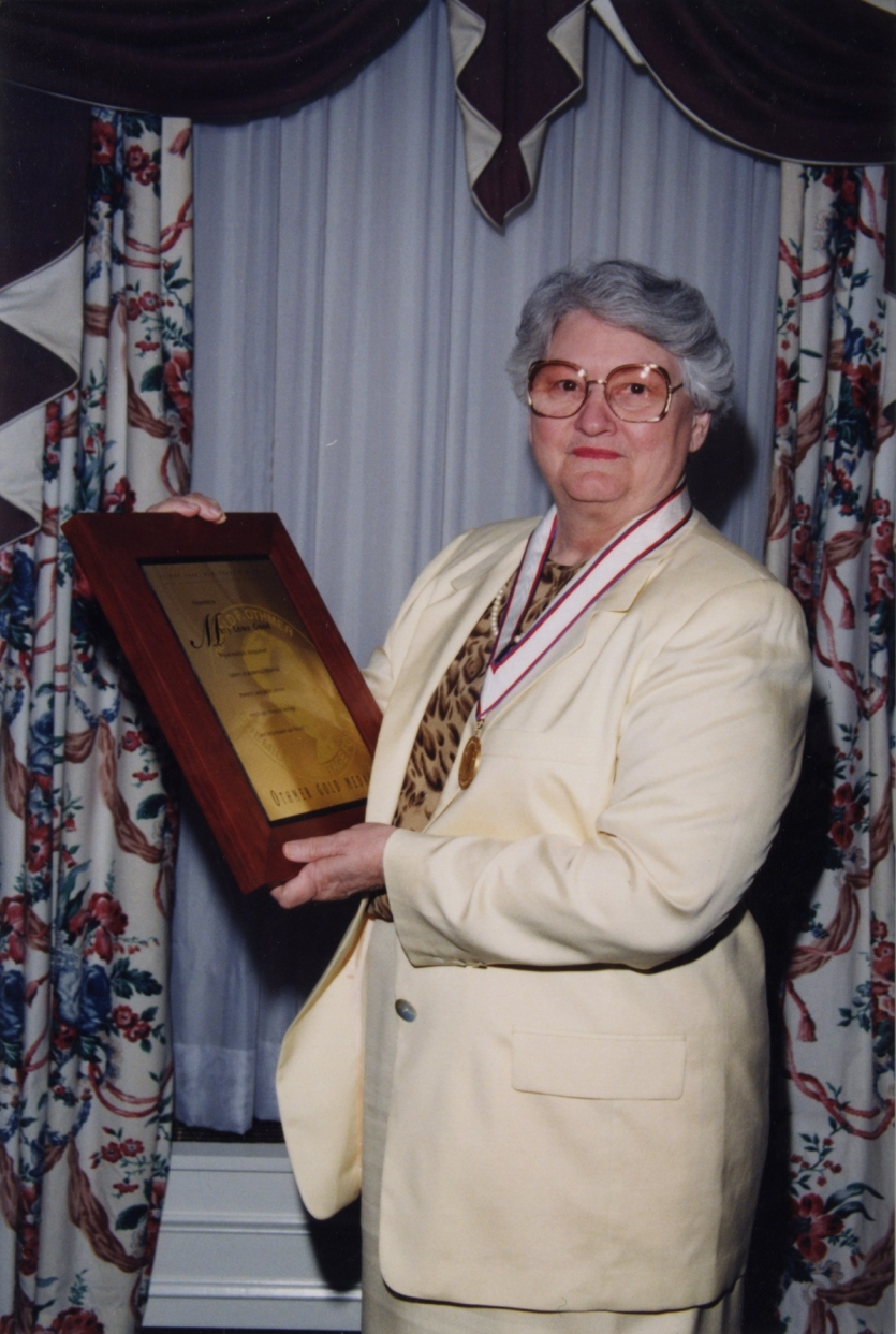 Mary Lowe Good, after receiving the Othmer Gold Medal.