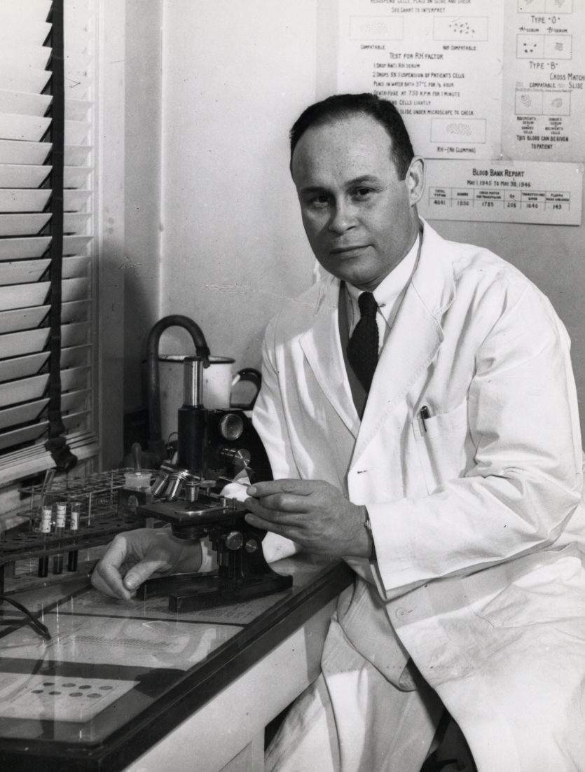 Charles Drew in the lab at Howard University, 1942. Courtesy Scurlock Studio Records, ca. 1905–1994, Archives Center, National Museum of American History, Smithsonian Institution.