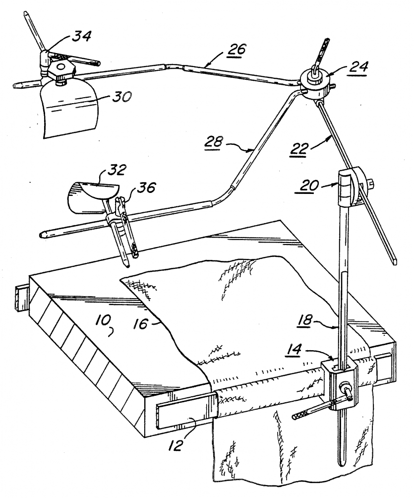 Pelta retractor patent drawing